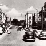 Looking north up Simcoe Street at Athol Street, 1944