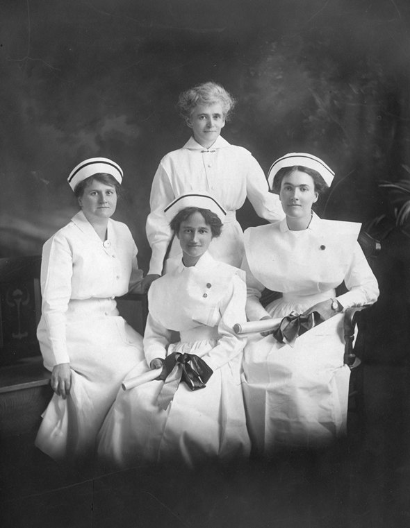 Oshawa General Hospital Nursing Class of 1915